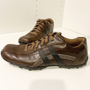 Sketchers Relaxed Step Leather Casual Sneakers